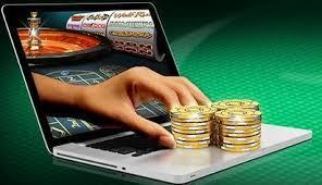 main ordinateur argent jeux